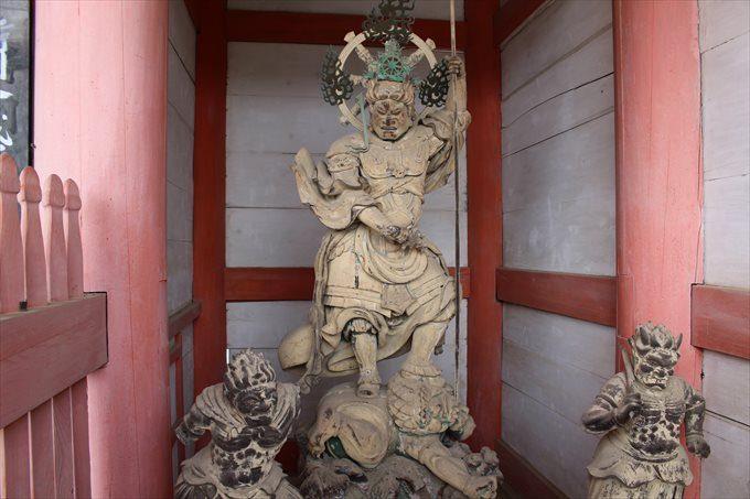 41中門の仁王像
