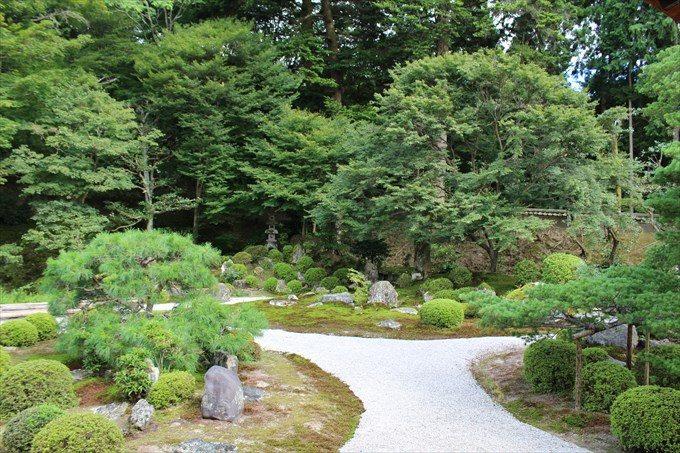 21庭園アップ(左が亀島)