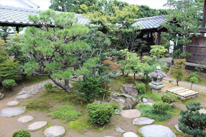 16香雲軒前庭