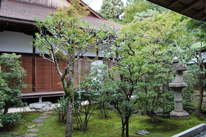 6内部庭園
