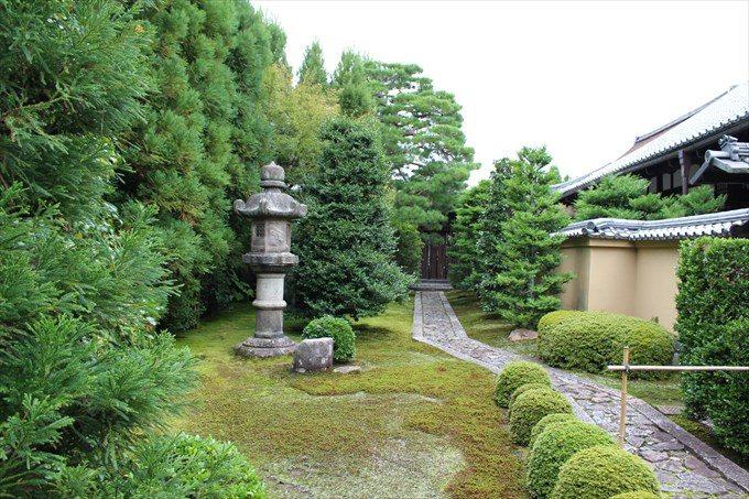3龍源院の前庭