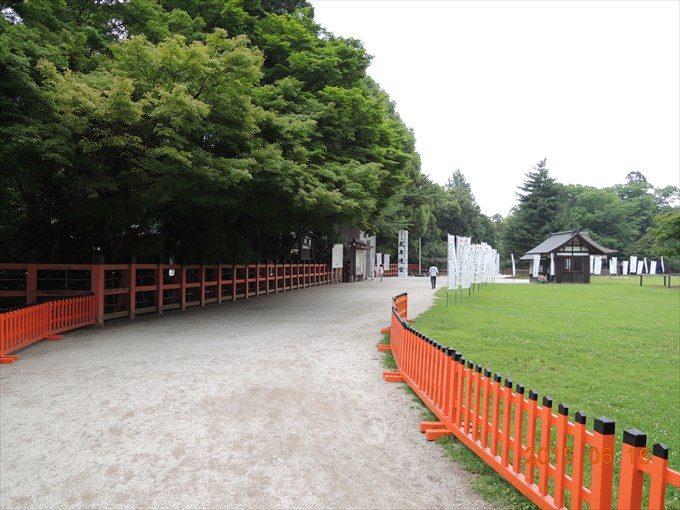 3駐車場方面から中央の鳥居へ(西→中央へ)