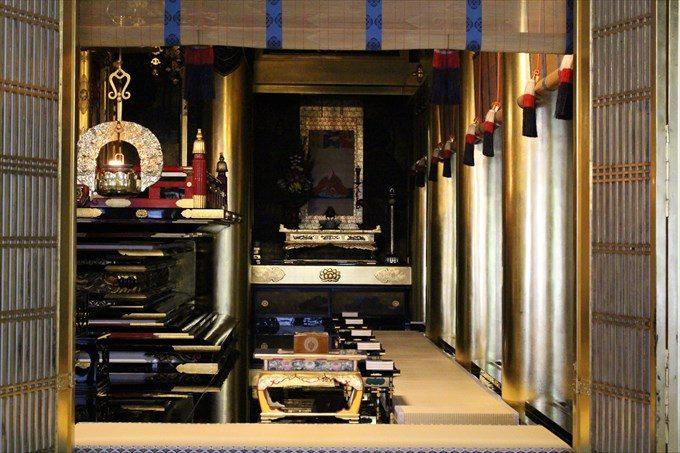 23_3お仏壇の右側