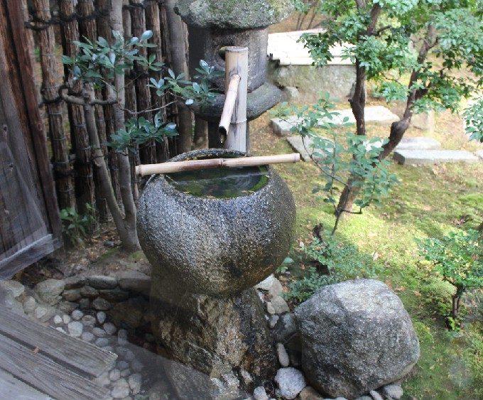 32涅槃の庭の隅