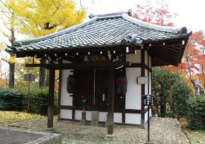 13鎌倉地蔵尊