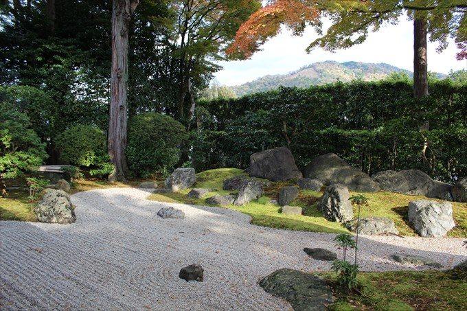 30涅槃の庭