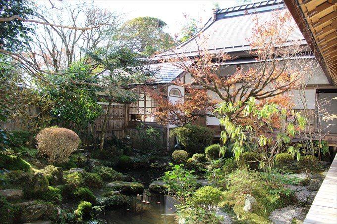 21鶴亀庭園