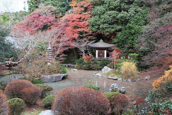 37晩翠園と紅葉