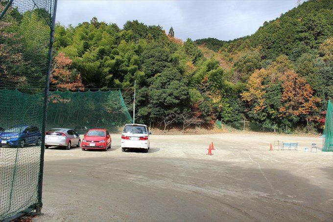 1毘沙門堂の駐車場