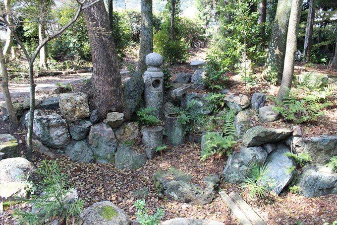 42謎の石たち