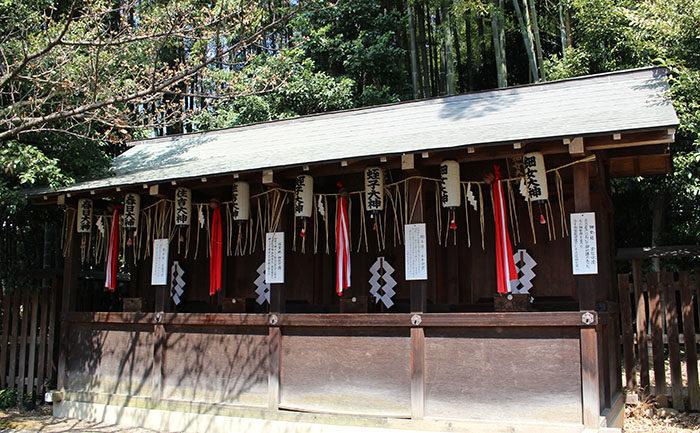 26平野神社の4つの末社