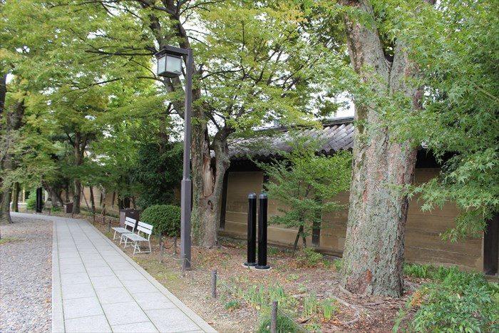 13三十三間堂の太閤塀